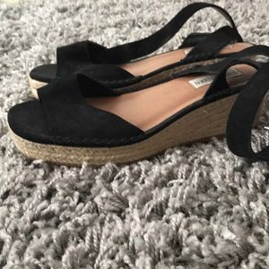 WORN ONCE Steve Madden espadrilles strappy heels